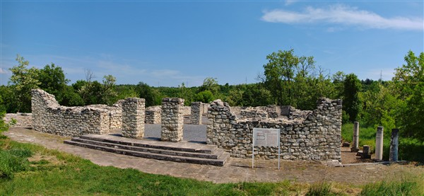 Късноантична базилика в Сторгозия