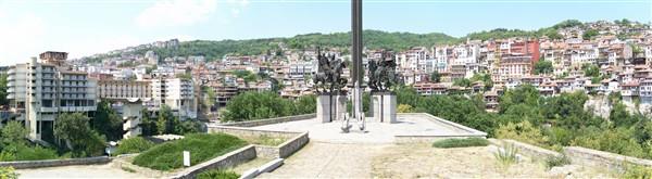 Панорама на града