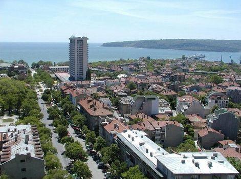 изглед към Черно море и хотела