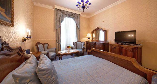 Гранд хотел Лондон Варна