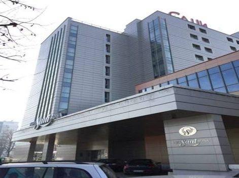 Хотел Сани
