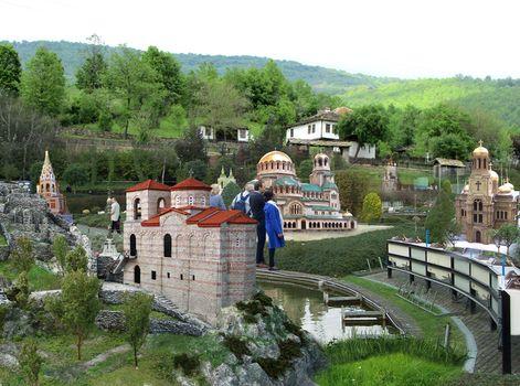 bulgaria-na-dlan-maketi-na-otkrito-mini
