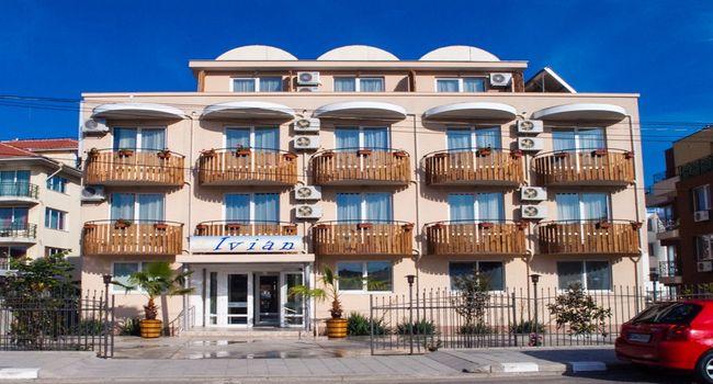 Hotel Ivian Ravda